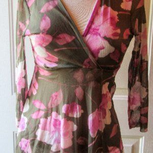 Sweet Pea Floral Top Size M